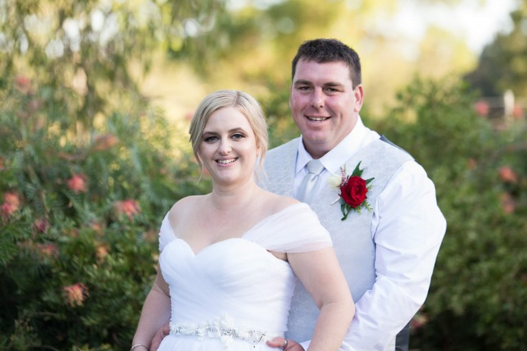 inexpensive brisbane wedding photographers